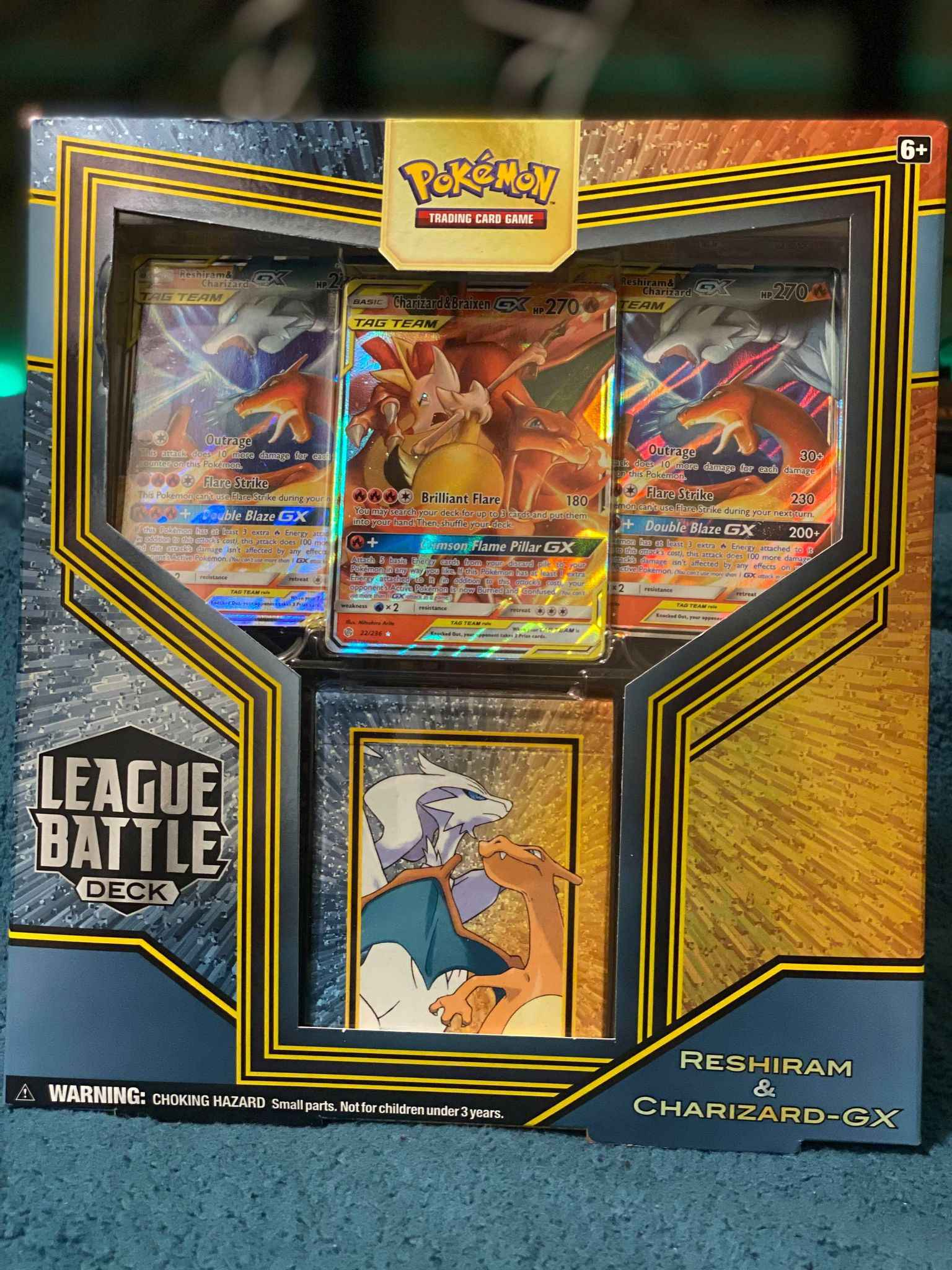 Reshiram /& Charizard GX League Battle Deck Dice Set Pokemon TCG