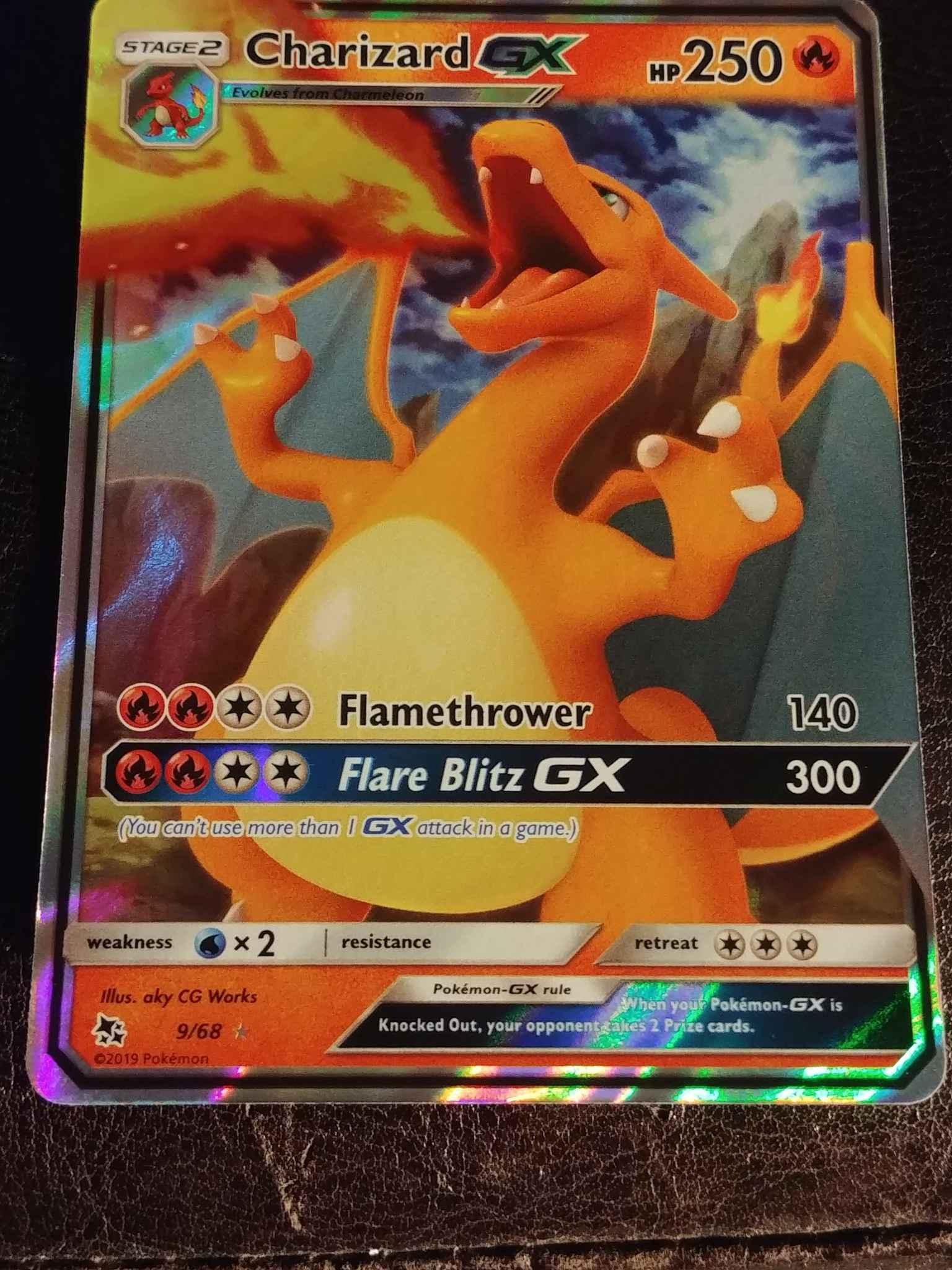 9//68 Holo Foil Pokemon HIDDEN FATES Charizard GX